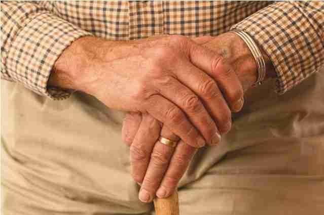 sistema de rastreamento de idosos